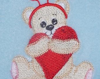 Love Heart Bear Design (427) - Fleece Baby Blanket Embroidered Personalised