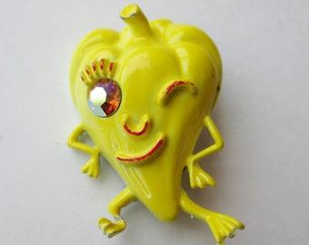 Vintage 60s Novelty Dancing Pepper Rhinestone Enamel Vegetable Brooch Pin
