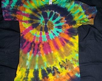 Medium Tie Dye Swirl