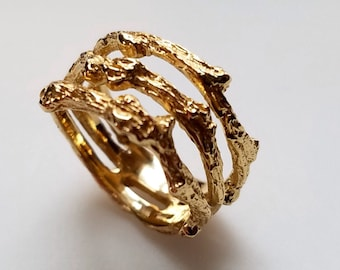 22kt Yellow Gold three Twig Ring     Size 6.5