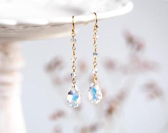 Long earrings Dangle crystal earrings SWAROVSKI earrings Gold dangle earrings Bridal earrings White earrings Wedding teardrop earrings 846