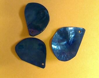 Leaf Pearl Royal Blue