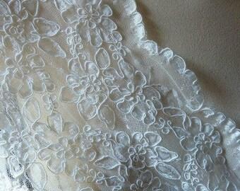 Ivory Cream Lace FAT QUARTER Alencon Lace for Bridal