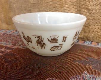 Early American Pyrex Bowl