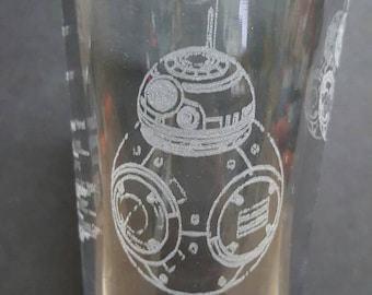 Star Wars - BB8 Drawings - Laser Etched Pint Glass