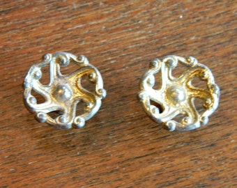 2 Small Brass Drawer Knobs, Vintage Gold Cabinet Knobs, Vintage Cabinet Hardware, Vintage Drawer Pulls