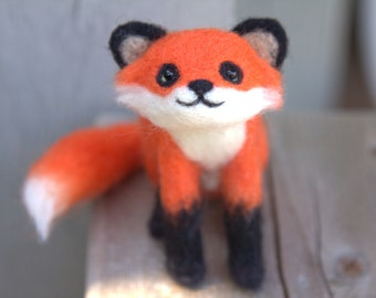 Red Fox Minature-Felted Red Fox-Needle Felted Red Fox-Needle Felted Fox-Felted Fox-Fox Miniature-Felted Animal-Red Fox Doll-Fox home decor