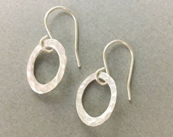 Oval Cutout Simple Modern Minimalist Silver Earrings, Small Dainty Silver Dangle Earrings With Hammered Texture