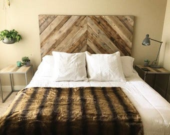 reclaimed wood headboard king size reclaimed wood bed etsy 7654