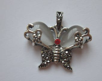 Pendant metal butterfly, glass and rhinestone 2, 3 x 3, 1 cm (6190)