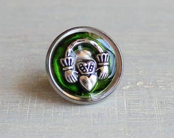 green Claddagh tie tack, mens gift, mens jewelry, groomsmen gift, wedding jewelry, Irish wedding, anniversary gift, scottish wedding