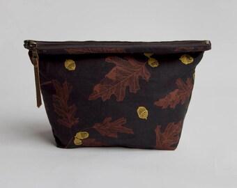 Oak & Acorn Traveler Pouch. Project Bag. Zipper Pouch. Large Pouch.