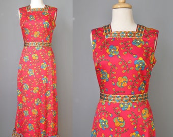 Knit Maxi Dress / Vtg 60s / Yves Jennet Red Floral Knit Maxi dress