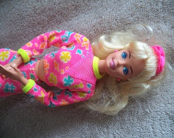 Work in out Barbie ,1996 Barbie with accessories , Vintage Barbie doll , Gymnastic Barbie doll ,Baby doll , Barbie Doll ,Collector item