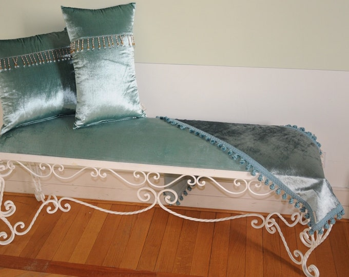 "Bench love seat stool collection ""Queen Mcleod"""
