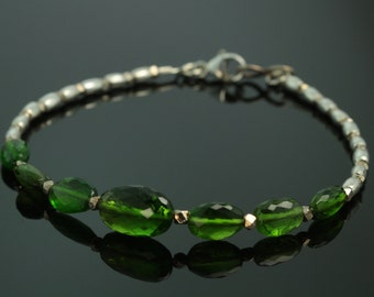 Chrome Diopside Beaded Bracelet with Silver Karen Hill Tribe Beads