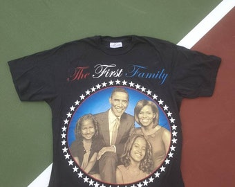 President Obama The First Family Tshirt White House Size Large Men's Rap tees