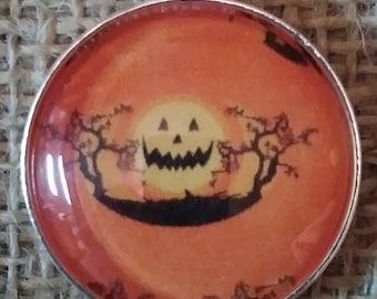 Jack-O-Lantern Pendant - Halloween Necklace - Halloween Accessory - Pumpkin Necklace