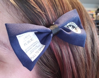 Doctor Who TARDIS Door Logo Hair Bow Mini Clip