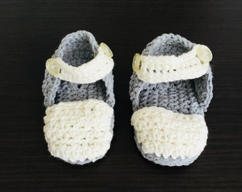 Small baby sneakers