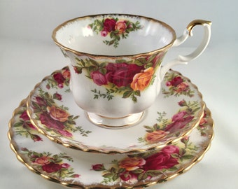 "Vintage ""Old Country Roses"" tea set - original from 1962-1973"