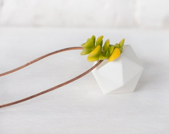 Icosahedron Planter Necklace in White: A Wearable Planter