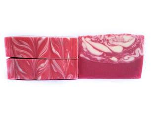 Peppermint Handmade Soap / Peppermint Soap / Handmade Soap / Bar Soap / Stocking Stuffers / Christmas Gift / Gift for Her / Gift for Him