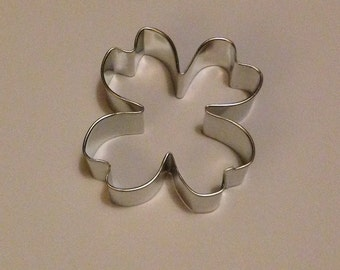"3"" Dogwood Blossom Cookie Cutter"