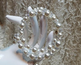 Gorgeous Faux Pearl Wrap