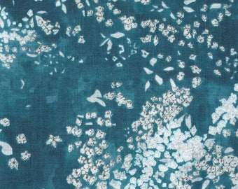 Nani IRO Fabric - Japanese Fabric - Lei Nani in Linen - For Beautiful Corolla - Blue Floral Fabric - Naomi Ito - Metallic Linen Fabric