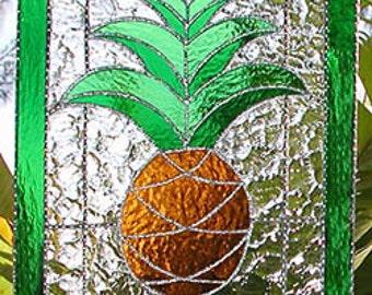 Stained Glass Suncatcher, Pineapple Design, Tropical Suncatcher, Glass Panel, Glass Sun Catcher, Mother's Day, Garden Art, Hospitality, 9639