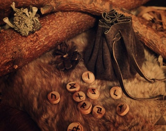 Pine Wood Rune Set • Viking Runes with Leather Pouch • Norse Runes Divination • Wooden runes • Elder Futhark • Pagan • Odinism • Asatru