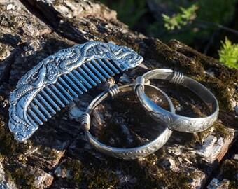 Vintage Dragon Bangles and Comb Set