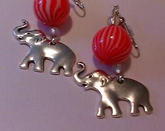 Red and White 'Elephant' Earrings, Delta earrings, sorority gift, gift for her, dangle earrings, light weight, HBCU, greek gifts, Delta gift