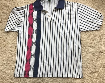 Vintage Men's Striped Polo//Paper Thin Striped Detail Collared Shirt//White Blue Red Polo