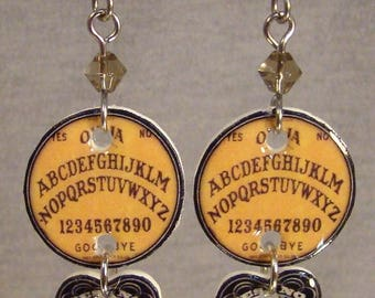 Ouija Board Planchette Dangle Earrings - Supernatural Jewelry - 80s gamers Jewellery
