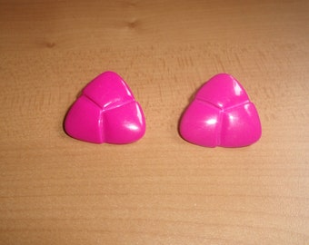 vintage clip on earrings bright pink lucite