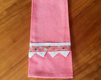 Coral Kitchen Towel with Prairie Point Trim