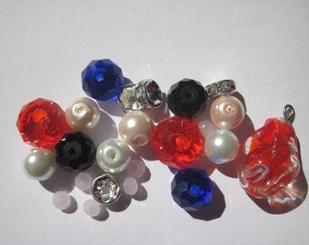 23 glass beads and 4 to 12 mm (P6) rhinestone rondelles