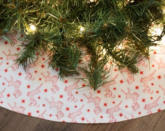 Christmas Tree Skirt-Handmade-Reindeer-Holiday Decor-Woods-Hunting-Christmas Decoration-Deer-Red-White-Tree Skirt-Cabin-Lodge-42""