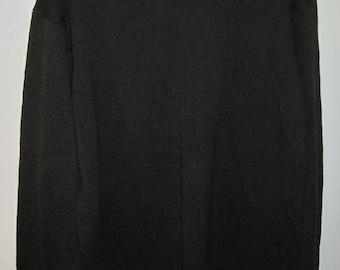 The GAP Men's Sweater size Petite