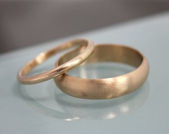 Gold Wedding Ring Set 14k Solid Yellow Gold Rings Wedding Band Set Half Round 5mm by 1.5mm and 2mm by 1.5mm Eco Friendly Recycled Gold