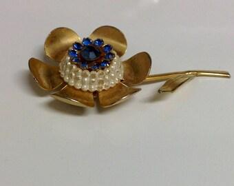 Vintage Flower Brooch | Floral Brooch | Blue Rhinestone Pearl Flower Pin | Vintage Jewelry