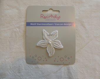 Fusible pattern Fleur color cream/ecru width 4.5 cm