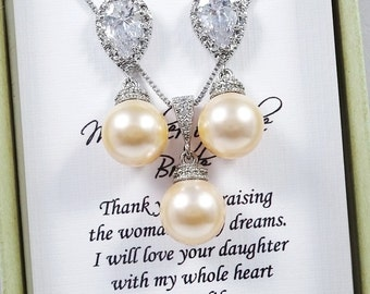 Swarovski Peach Pearl Necklace and Earring Set, Mother of the Groom Gift Jewelry Set, Mother of the Bride Gift Jewelry Set, Peach Wedding