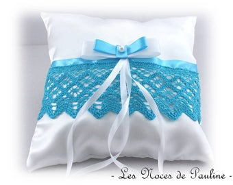 Turquoise and white bow lace satin ring pillow