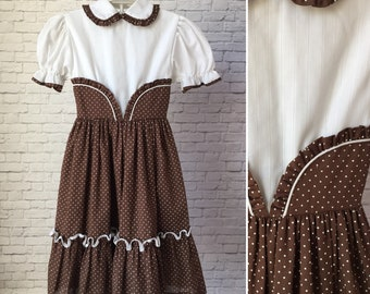 Brown Swiss dot girls dress, girls vintage dress, tween vintage dress, brown vintage dress, brown ruffle dress, tween time vintage dress