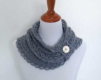 Crochet Cowl Pattern: Whisper Cowl