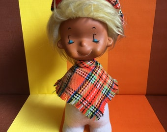 Great Vintage Rubber Emotion Doll The doll isn't marked 70s Scottish Tartan Hat and Dress
