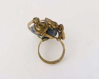 Gypsy Ring / Brass ring with stone